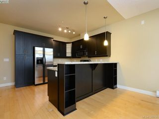 Photo 5: 417 2710 Jacklin Rd in VICTORIA: La Langford Proper Condo for sale (Langford)  : MLS®# 783390