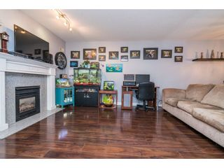 """Photo 4: 202 33675 MARSHALL Road in Abbotsford: Central Abbotsford Condo for sale in """"The Huntington"""" : MLS®# R2214048"""