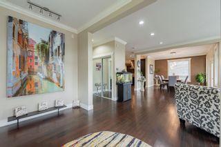 Photo 3: 35515 ZANATTA Lane in Abbotsford: Abbotsford East House for sale : MLS®# R2617611