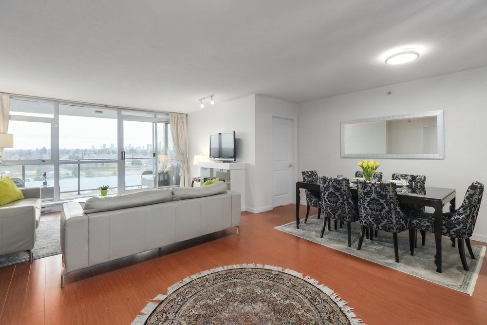 Photo 3: Photos: 1704 5611 GORING STREET in Burnaby: Central BN Condo for sale (Burnaby North)  : MLS®# R2476074