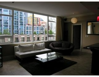 Photo 4: # 602 1280 RICHARDS ST in Vancouver: Condo for sale : MLS®# V776467