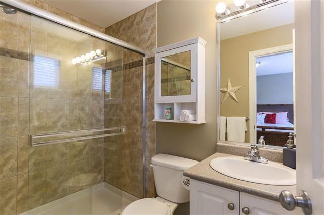 Photo 15: Photos: 16627 59A Avenue in Surrey: Cloverdale BC House for sale (Cloverdale)  : MLS®# R2287979