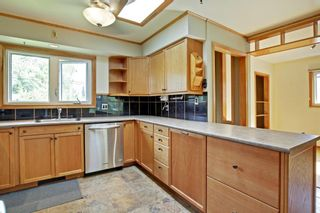 Photo 10: 22 ARMSTRONG Crescent SE in Calgary: Acadia Detached for sale : MLS®# A1015529