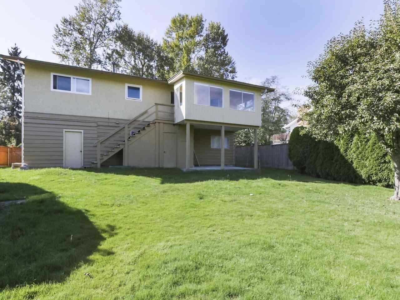 Photo 20: Photos: 1426 KENT Street: White Rock House for sale (South Surrey White Rock)  : MLS®# R2406738