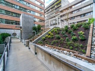 """Photo 15: 1205 1133 HORNBY Street in Vancouver: Downtown VW Condo for sale in """"ADDITION"""" (Vancouver West)  : MLS®# R2248327"""