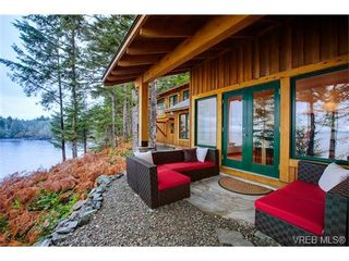 Photo 2: 2954 Fishboat Bay Rd in SHIRLEY: Sk French Beach House for sale (Sooke)  : MLS®# 689440