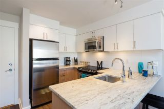 """Photo 5: 215 55 EIGHTH Avenue in New Westminster: GlenBrooke North Condo for sale in """"EIGHTWEST"""" : MLS®# R2457550"""