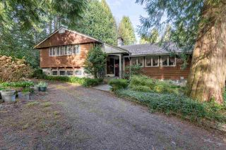 Photo 4: 1863 WINDERMERE Avenue in Port Coquitlam: Oxford Heights House for sale : MLS®# R2561256