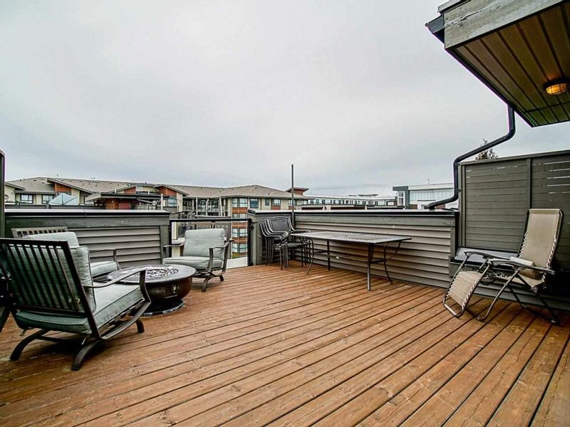 FEATURED LISTING: 60 - 7811 209 Street Langley