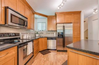 "Photo 8: 5 98 BEGIN Street in Coquitlam: Maillardville Townhouse for sale in ""LE PARC"" : MLS®# R2301980"