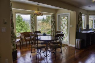 """Photo 9: 6192 HIGHMOOR Road in Sechelt: Sechelt District House for sale in """"The Shores"""" (Sunshine Coast)  : MLS®# R2341360"""