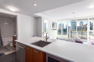 """Photo 3: 1001 1372 SEYMOUR Street in Vancouver: Downtown VW Condo for sale in """"THE MARK"""" (Vancouver West)  : MLS®# R2001462"""