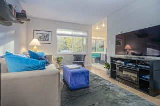 """Photo 3: 3490 NAIRN Avenue in Vancouver: Champlain Heights Townhouse for sale in """"COUNTRY LANE"""" (Vancouver East)  : MLS®# R2419271"""