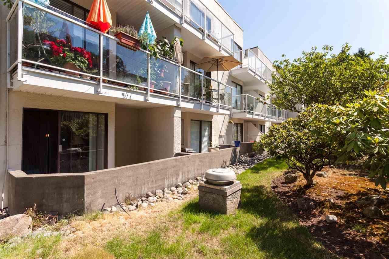 "Main Photo: 111 830 E 7TH Avenue in Vancouver: Mount Pleasant VE Condo for sale in ""FAIRFAX"" (Vancouver East)  : MLS®# R2287868"