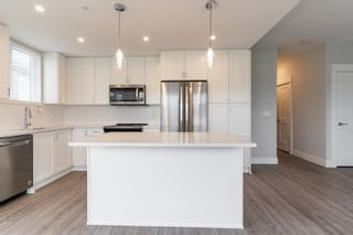"""Photo 13: 4501 2180 KELLY Avenue in Port Coquitlam: Central Pt Coquitlam Condo for sale in """"Montrose Square"""" : MLS®# R2615326"""
