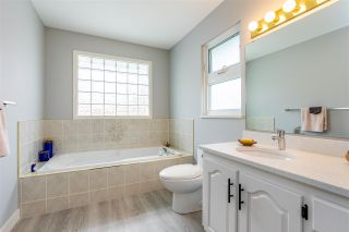 Photo 17: 2960 SOUTHERN Crescent in Abbotsford: Abbotsford West House for sale : MLS®# R2460034
