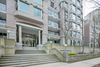 """Photo 18: 611 500 W 10TH Avenue in Vancouver: Fairview VW Condo for sale in """"Cambridge Court"""" (Vancouver West)  : MLS®# R2381638"""
