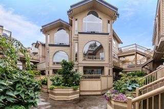 """Photo 1: 207 1100 W 7TH Avenue in Vancouver: Fairview VW Condo for sale in """"WINDGATE CHOKLIT PARK"""" (Vancouver West)  : MLS®# R2615620"""