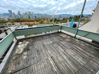 Photo 5: 1049 W 7TH Avenue in Vancouver: Fairview VW Townhouse for sale (Vancouver West)  : MLS®# R2625824