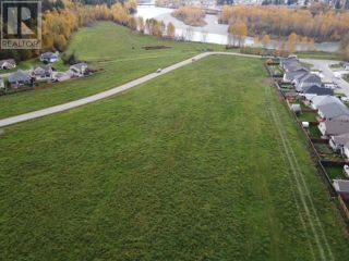 Photo 3: LOT 1 NADEAU STREET in Quesnel: Vacant Land for sale : MLS®# R2624636