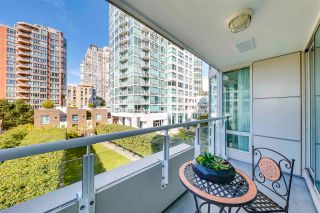 """Photo 15: 504 1501 HOWE Street in Vancouver: Yaletown Condo for sale in """"888 BEACH"""" (Vancouver West)  : MLS®# R2589803"""