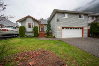 Photo 2: 452 NAISMITH Avenue: Harrison Hot Springs House for sale : MLS®# R2517364
