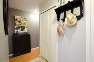 """Photo 13: 11712 KINGSBRIDGE Drive in Richmond: Ironwood Townhouse for sale in """"KINGSWOOD DOWNES"""" : MLS®# V968100"""