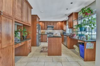 Photo 13: 1018 GATENSBURY ROAD in Port Moody: Port Moody Centre House for sale : MLS®# R2546995
