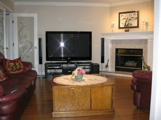 Photo 14: 11238 DUMBARTON Place in SURREY: Bolivar Heights Home for sale ()