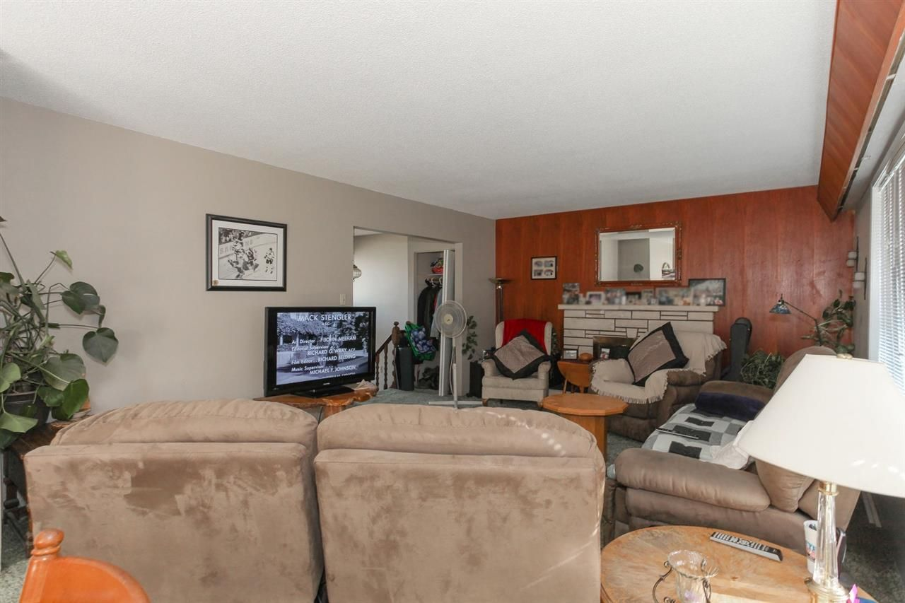 Photo 5: Photos: 334 LEROY STREET in Coquitlam: Central Coquitlam House for sale : MLS®# R2210687