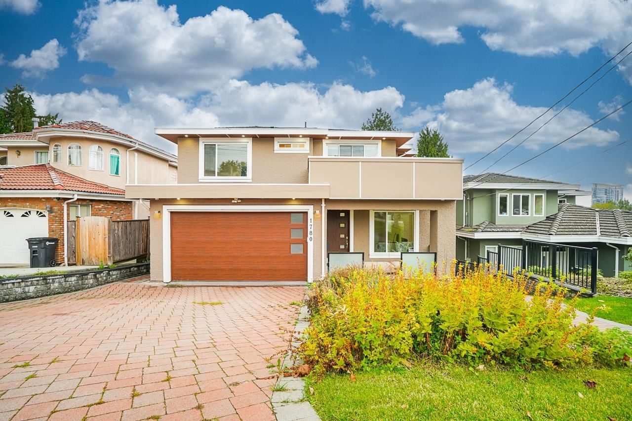 Main Photo: 1780 SPRINGER Avenue in Burnaby: Parkcrest House for sale (Burnaby North)  : MLS®# R2622563