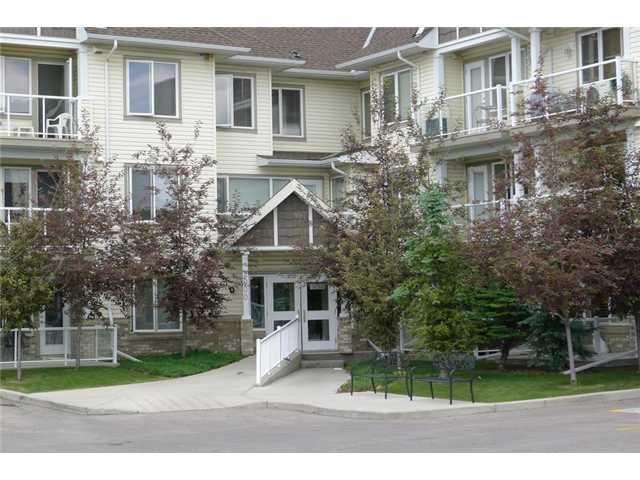 Main Photo: 2109 5200 44 Avenue NE in CALGARY: Whitehorn Condo for sale (Calgary)  : MLS®# C3625188