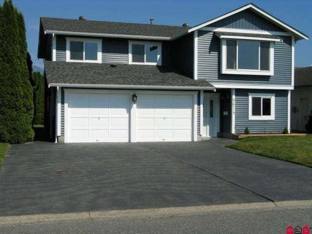 Main Photo: 8674 Tilston St in Chilliwack: House for sale : MLS®# H1303118