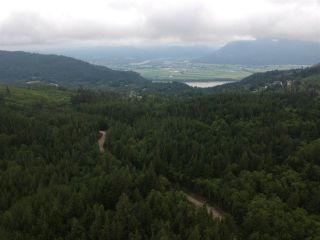 Photo 2: 36 TAGGART Road in Abbotsford: Sumas Mountain Land for sale : MLS®# R2388164