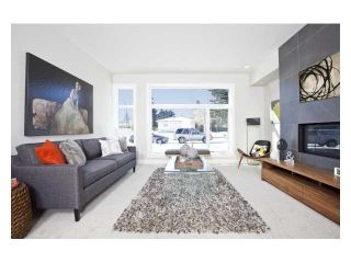 Photo 6: 2240 33 Street SW in CALGARY: Killarney_Glengarry Residential Attached for sale (Calgary)  : MLS®# C3591709