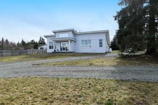 Photo 6: 3641 Cameron Rd in : CV Courtenay South House for sale (Comox Valley)  : MLS®# 869201