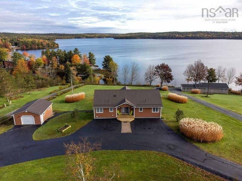 FEATURED LISTING: 2904 Cornwall Road Middle New Cornwall