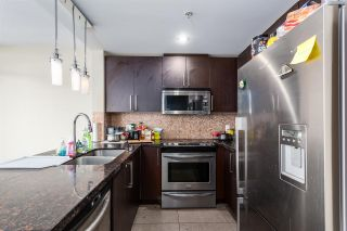 Photo 7: 3002 888 CARNARVON Street in New Westminster: Downtown NW Condo for sale : MLS®# R2431817