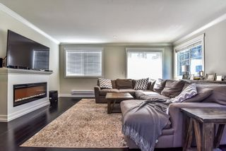 Photo 3: 1 16458 23A AVENUE in Surrey: Grandview Surrey Townhouse for sale (South Surrey White Rock)  : MLS®# R2170321