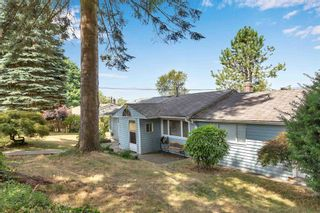 """Photo 2: 13913 116 Avenue in Surrey: Bolivar Heights House for sale in """"Bolivar Heights"""" (North Surrey)  : MLS®# R2602684"""