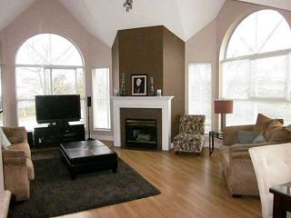 "Photo 1: 216 7435 121A Street in Surrey: West Newton Condo for sale in ""STRAWBERRY HILLS ESTATES 2"" : MLS®# F1326343"