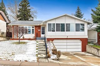 Photo 1: 7104 SILVERVIEW Road NW in Calgary: Silver Springs Detached for sale : MLS®# C4275510