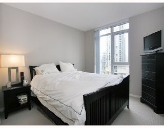 "Photo 6: 1103 1001 HOMER Street in Vancouver: Downtown VW Condo for sale in ""THE BENTLEY"" (Vancouver West)  : MLS®# V699236"