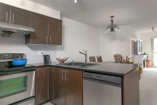 "Photo 4: 316 1633 MACKAY Avenue in North Vancouver: Pemberton NV Condo for sale in ""Touchstone"" : MLS®# R2402894"