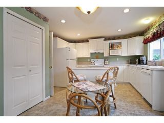 """Photo 9: 18861 64TH Avenue in Surrey: Cloverdale BC House for sale in """"CLOVERDALE"""" (Cloverdale)  : MLS®# F1442792"""
