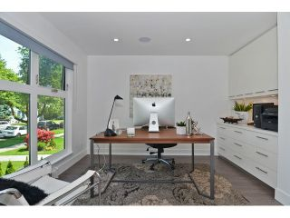 """Photo 6: 598 W 24TH Avenue in Vancouver: Cambie House for sale in """"DOUGLAS PARK"""" (Vancouver West)  : MLS®# V1125988"""