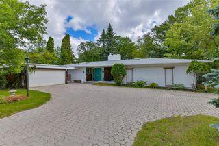 Main Photo: 403 Shaftesbury Boulevard in Winnipeg: Tuxedo Residential for sale (1E)  : MLS®# 202121545