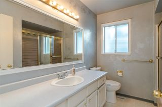 """Photo 15: 10520 SUNVIEW Place in Delta: Nordel House for sale in """"SUNBURY / DELSOM"""" (N. Delta)  : MLS®# R2442762"""