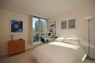 """Photo 13: 1204 1111 HARO Street in Vancouver: West End VW Condo for sale in """"ELEVEN ELEVEN HARO"""" (Vancouver West)  : MLS®# V876639"""