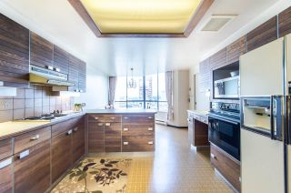 """Photo 11: 1901 738 BROUGHTON Street in Vancouver: West End VW Condo for sale in """"Alberni Place"""" (Vancouver West)  : MLS®# R2396844"""